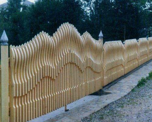 Заборы из дерева фото своими руками